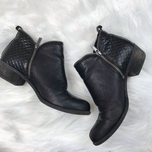 Lucky Brand Brenon Black Leather Ankle Boots